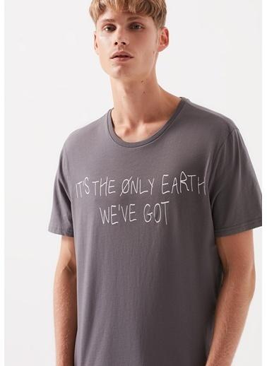 Mavi Earth Baskılı  Tişört Gri